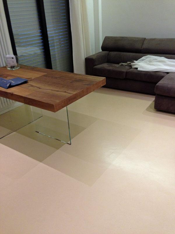 Resine per pavimenti a faenza forl rimini cesena - Resina su piastrelle esistenti ...
